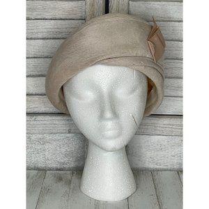 Vintage Ferncroft Fur Pillbox Hat Cream